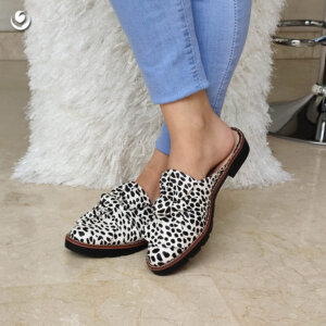 523 – Leopardo, Roxana negro